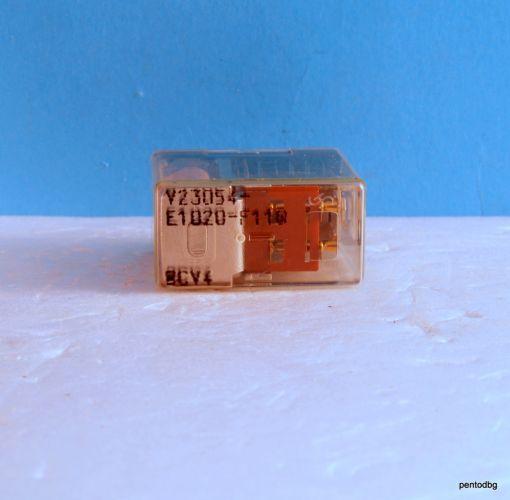 Реле V23054-E1020-F110 бобина 24VDC 250V 5A Siemens