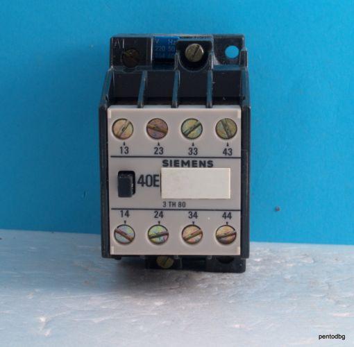 Контактор 3TH80 40-0A бобина 220VAC 600V 16A Siemens