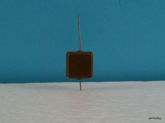 Сребърно слюден аудио кондензатор КСО-5Б 9100пФ  9,1нФ 250В +/-10% СССР