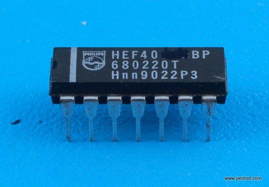 HEF4042BP 4 D-тригера Philips
