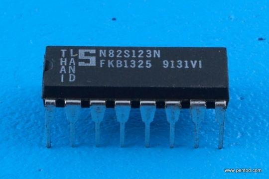 N82S123N  Signetics