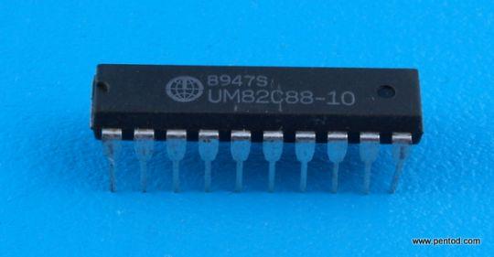 UM82C88-10 Таймер брояч