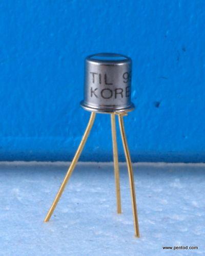 Фототранзистор TIL99  NPN InfraRed