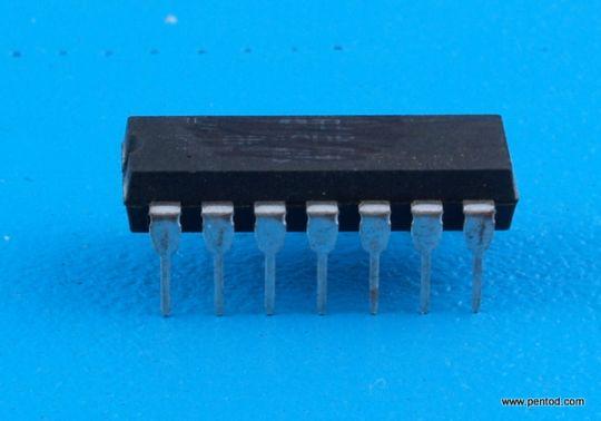Интегрална схема TTL  MH5403 TESLA / SN5403  SN7403  7403 / DIP 14  военно изпълнение
