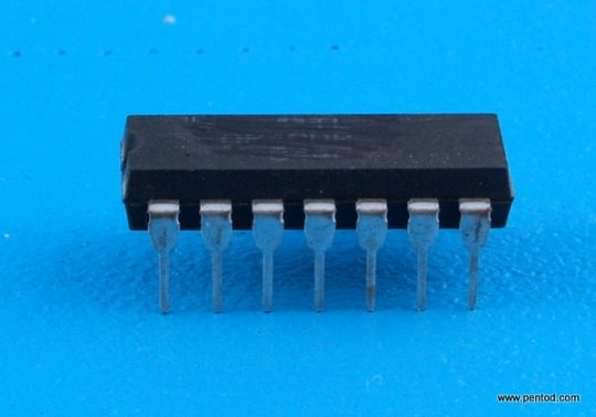 Интегрална схема TTL  MH5404 TESLA / SN5404  SN7404  7404 / DIP 14  военно изпълнение