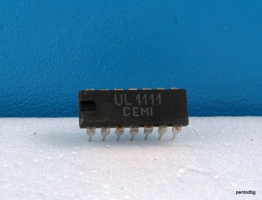 NPN transistor array UL1111 = CA3046 Made in Poland