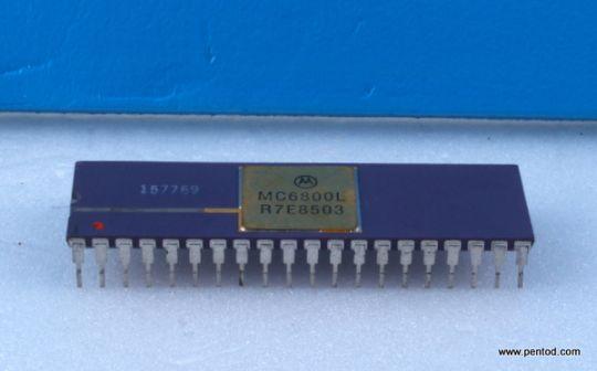 MC6800L 8-BIT MICROPROCESSING UNIT