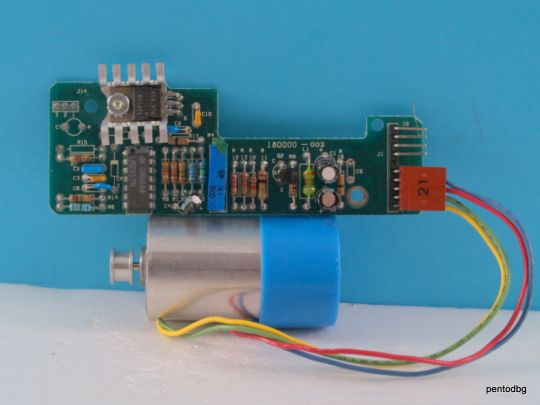 Eлектродвигател с тахогенератор 77611836 (Buehler) с платка за контрол на оборотите