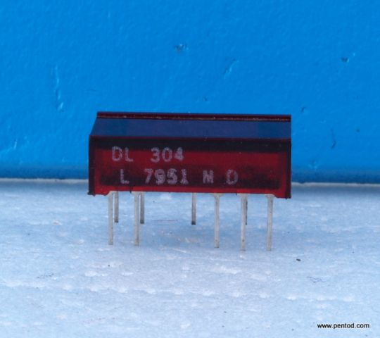 DL304 Seven Segment Displays
