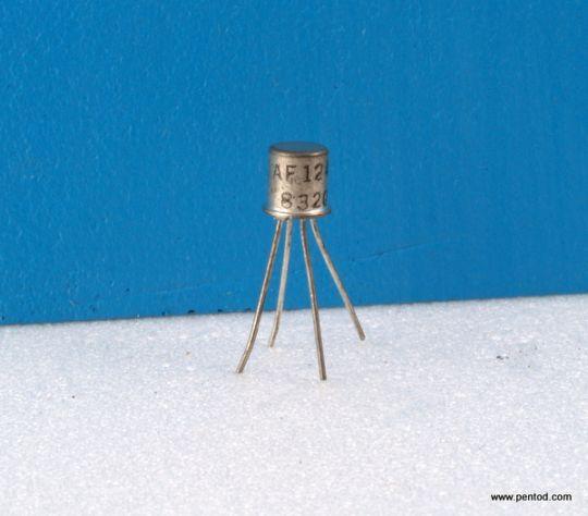 Германиев PNP транзистор   AF124