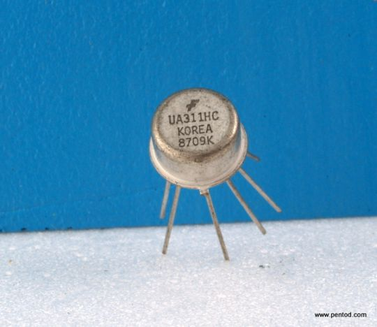 UA311HC The UA311HC is monolithic, low input current voltage comparator FAIRCHILD