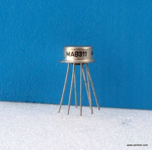 MAB311 Accurate voltage comparator. T = 0 0C to +70 0C, P = 0.5W TESLA