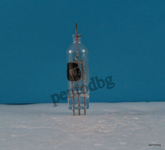 Радиолампа 4Д5С  детекторен диод за волтметри СССР