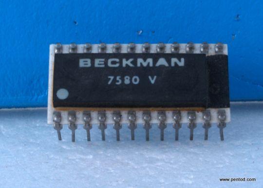 ИНТЕГРАЛНА СХЕМА 7580 V  BECKMAN  12-Bit   ЦАП