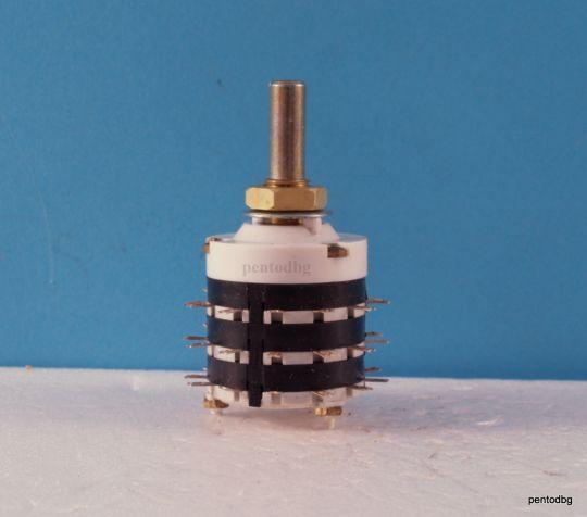 Галетен превключвател ПГС230Б  3 секции 11 позиции